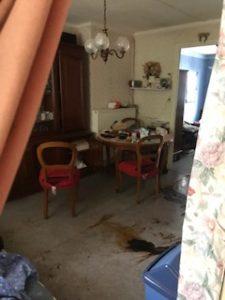 comment nettoyer un décès dans une maison