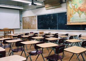 Désinfecter le milieu scolaire